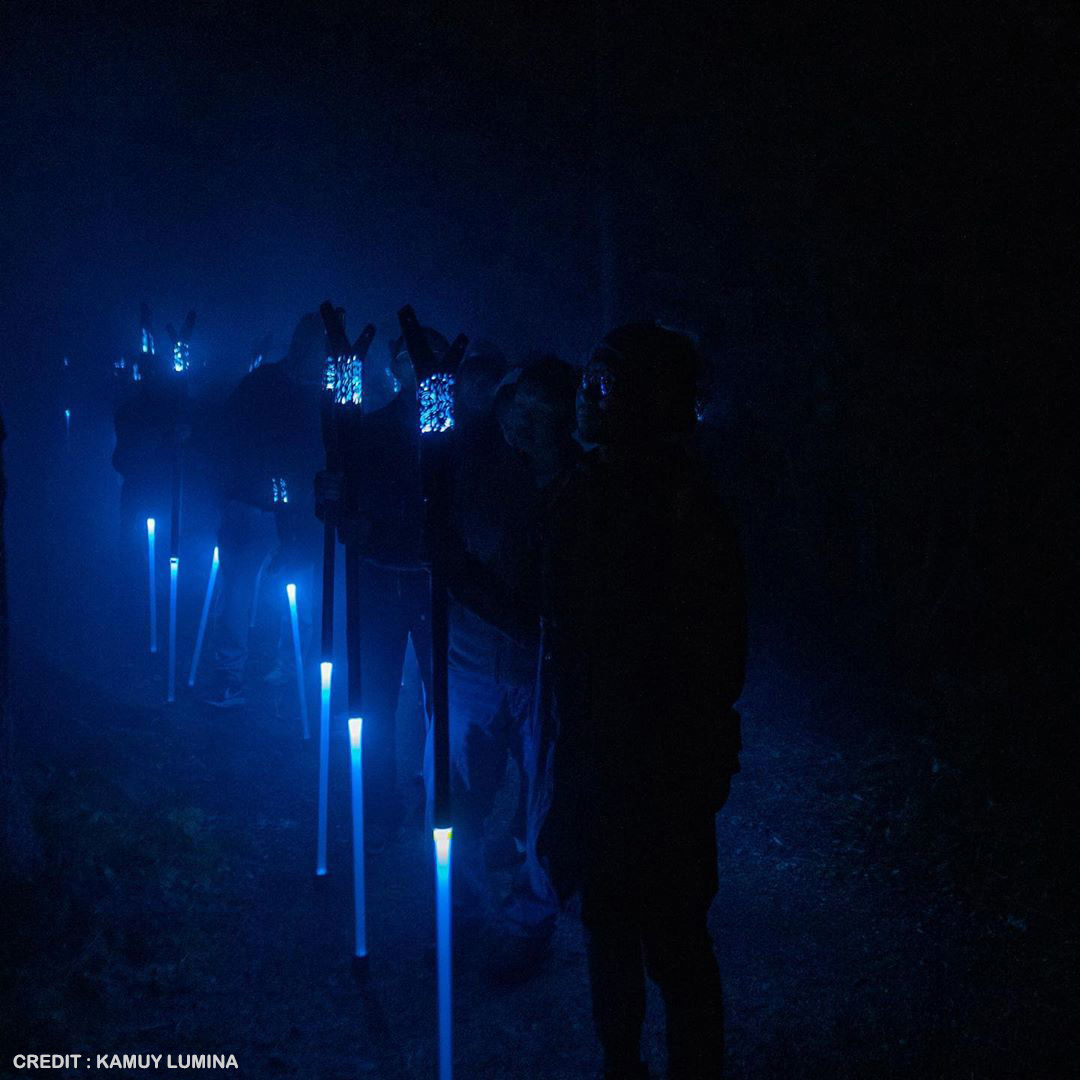 Kamuy Lumina design indutriel de baton intéractif